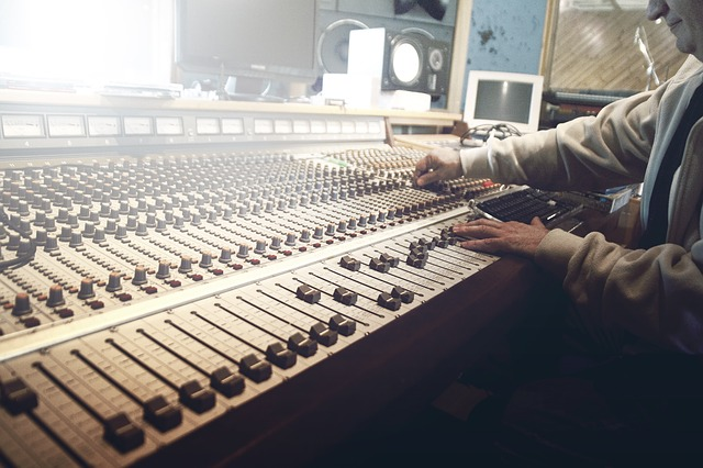 Concepto legal de productor musical o productor de fonogramas