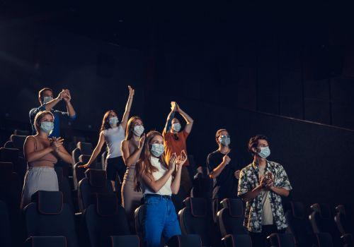 Cuidado al publicar fotos de asistentes a conciertos y festivales: ¿Cómo cumplir con la normativa de privacidad en el sector musical?